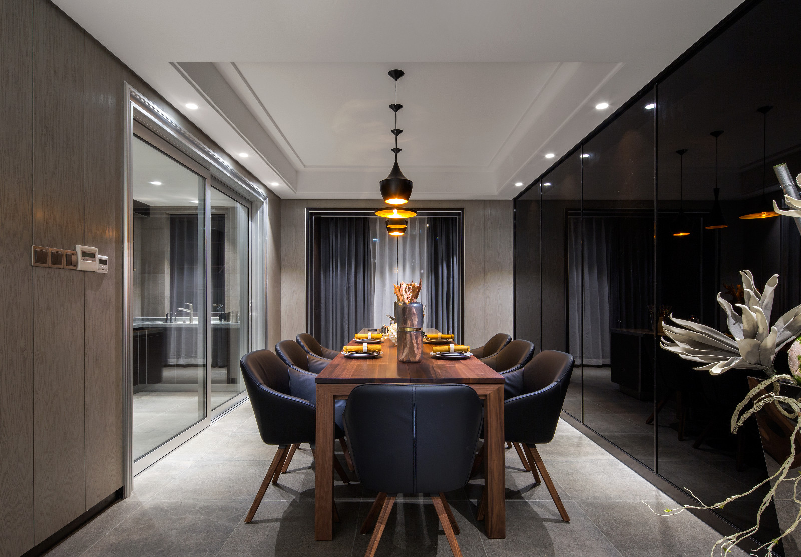188.00㎡ 4室2厅1厨2卫 现代